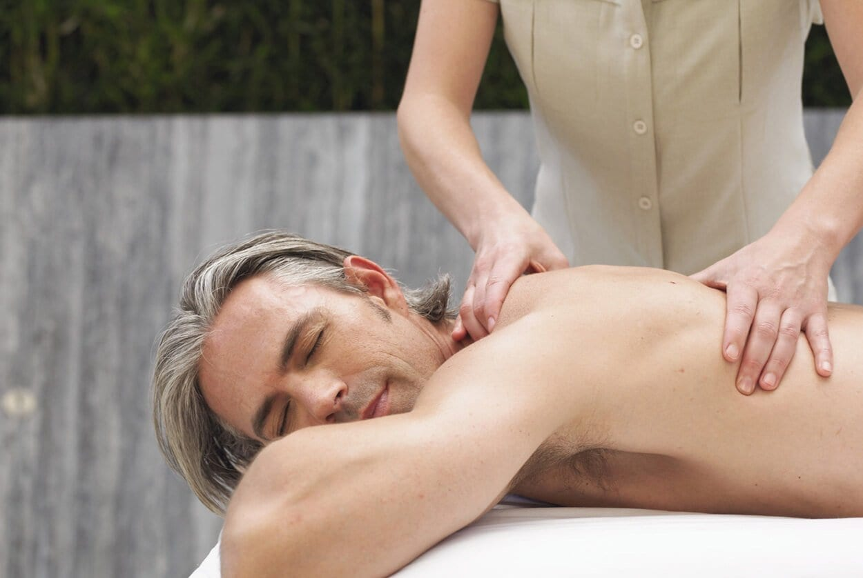 Maintaining professionalism as a massage therapist