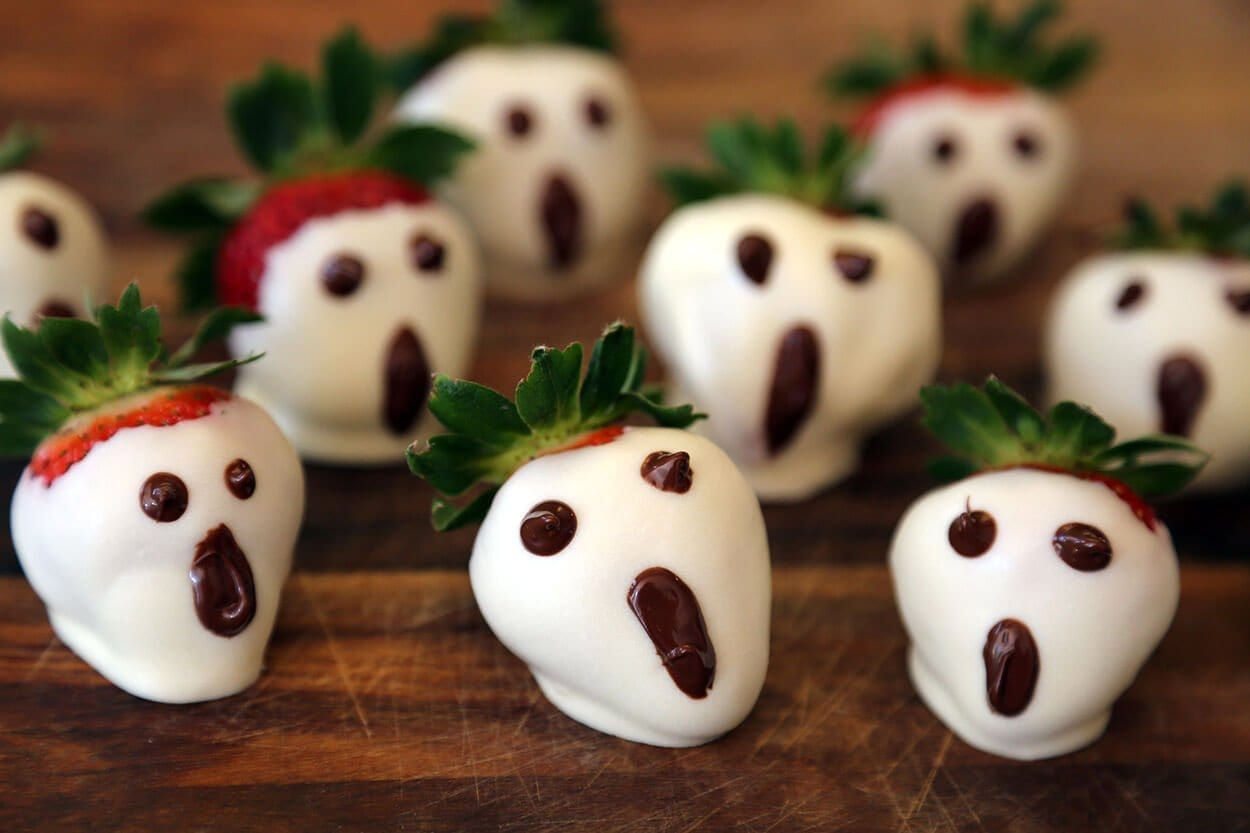 strawberry halloween treats