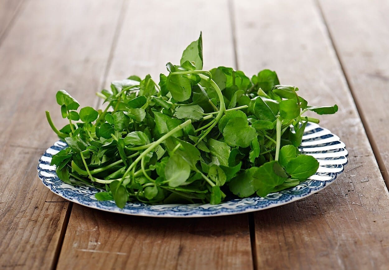 Watercress - Top 12 foods for a clear complexion