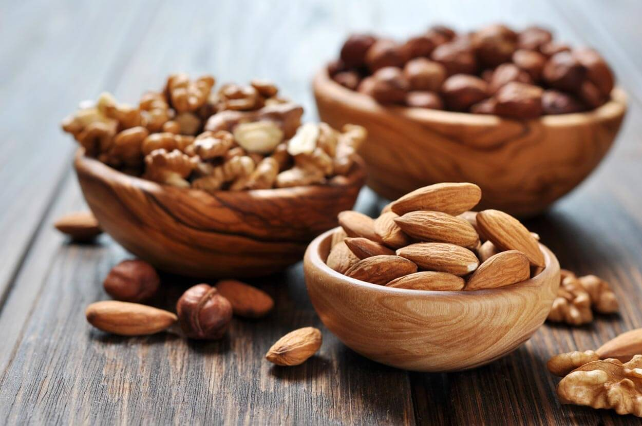 E Nuts - Top 12 foods for a clear complexion