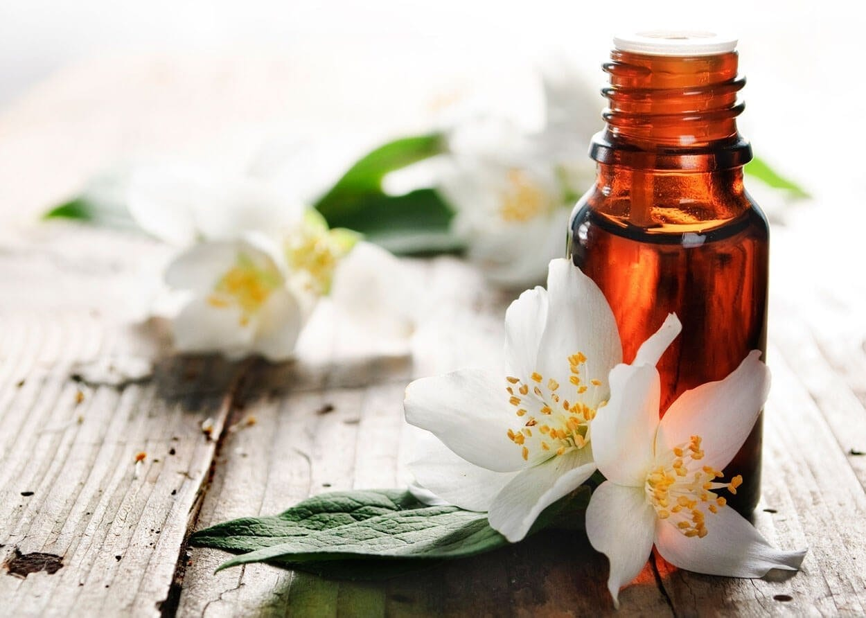10 revolutionary ways to use essential oils