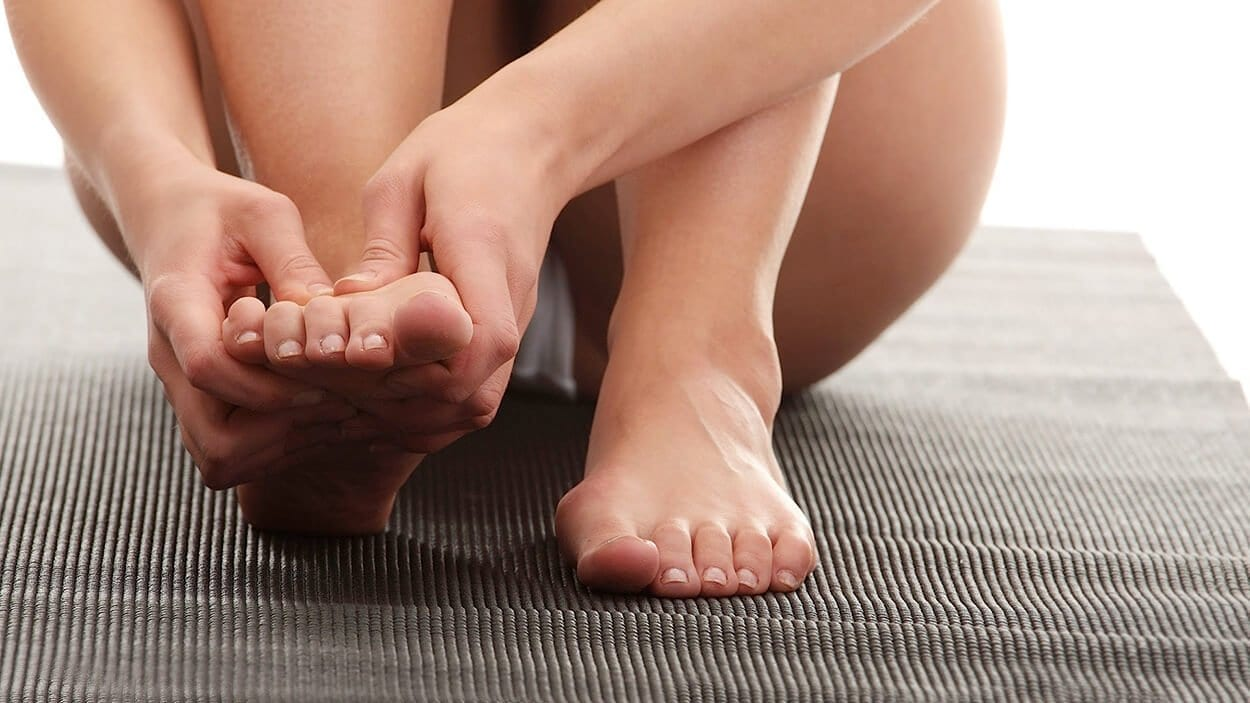 Yoga positions to treat muscle cramps
