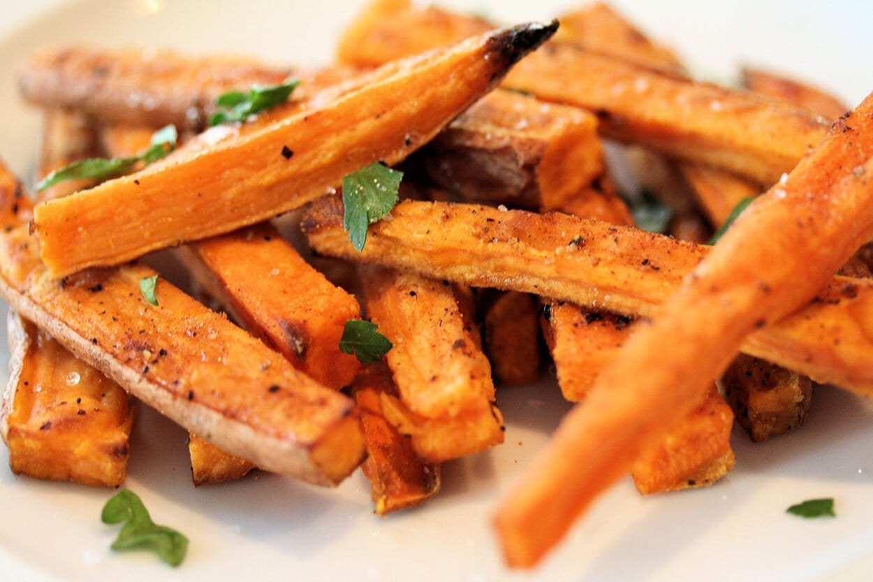 4 glorious sweet & savoury ways to eat sweet potatoes