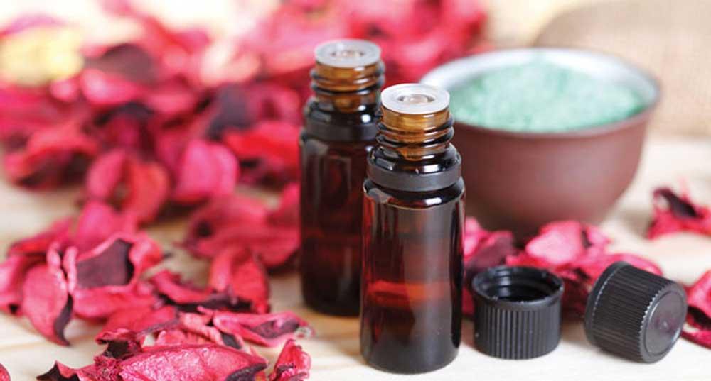 aromatherapy oil in mini bottles
